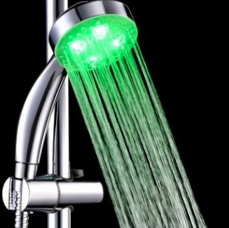 világító zuhanyfej